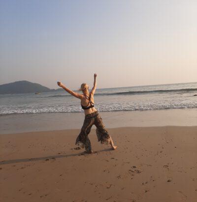 freier Tanz am Meer