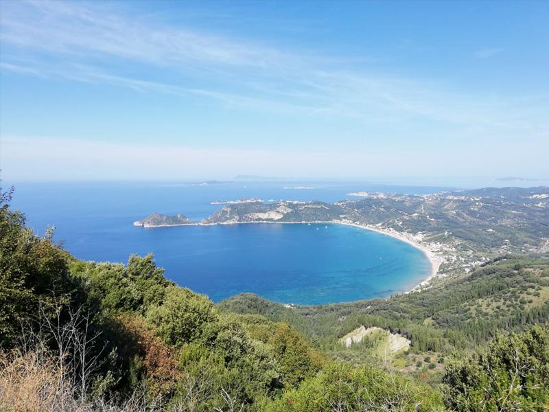 Blick auf die schöne Bucht